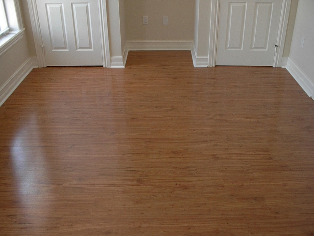 Laminate Flooring Home Amp Offices Rayjees Flooring