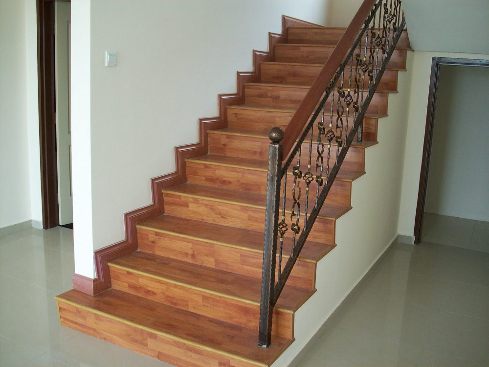 Laminate Flooring For Staircases | Rayjees Flooring