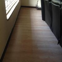 rayjees_flooring_mr_mohseen_robertsham_2.JPG